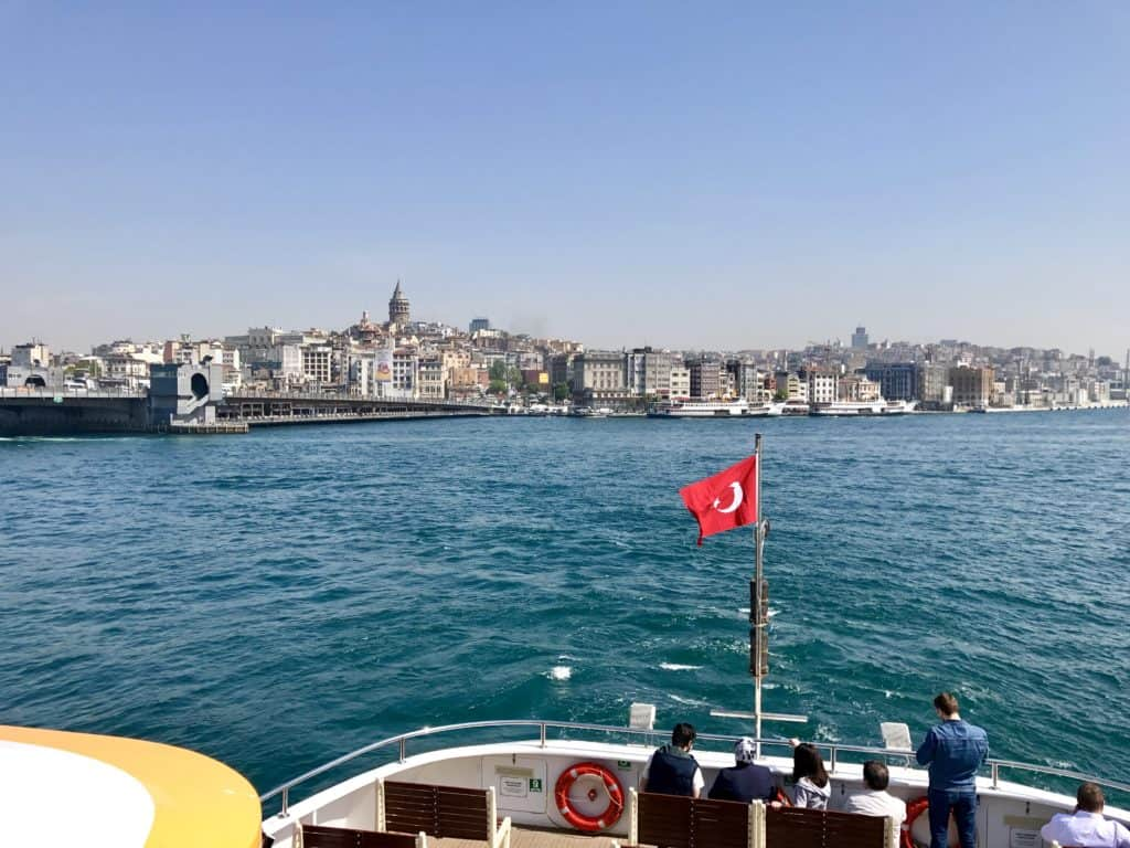 List of a 1-day itinerary ideas for Istanbul...a ferry ride is a must! What to see, what to skip, where to go in Istanbul if you only have a day or two | 24 hour Istanbul itinerary