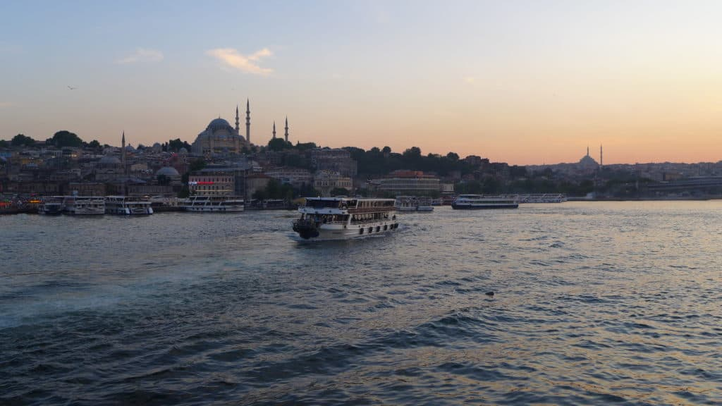 You can see so much with 24 hours in Istanbul | Where to go, what to see, & what to skip | tips for what to see & what to skip | Istanbul trip planning, itinerary ideas for Istanbul | Galata Bridge