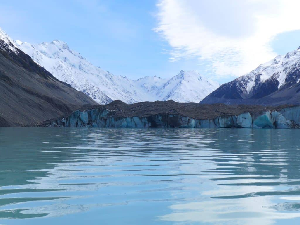 Tasman Glacier, South Island, New Zealand | A glacier lake boat tour is a must in New Zealand, why you have to visit Tasman Lake on the South Island. New Zealand itinerary advice & trip planning, what to do near Lake Tekapo or Mt. Cook in New Zealand #newzealand #glacier