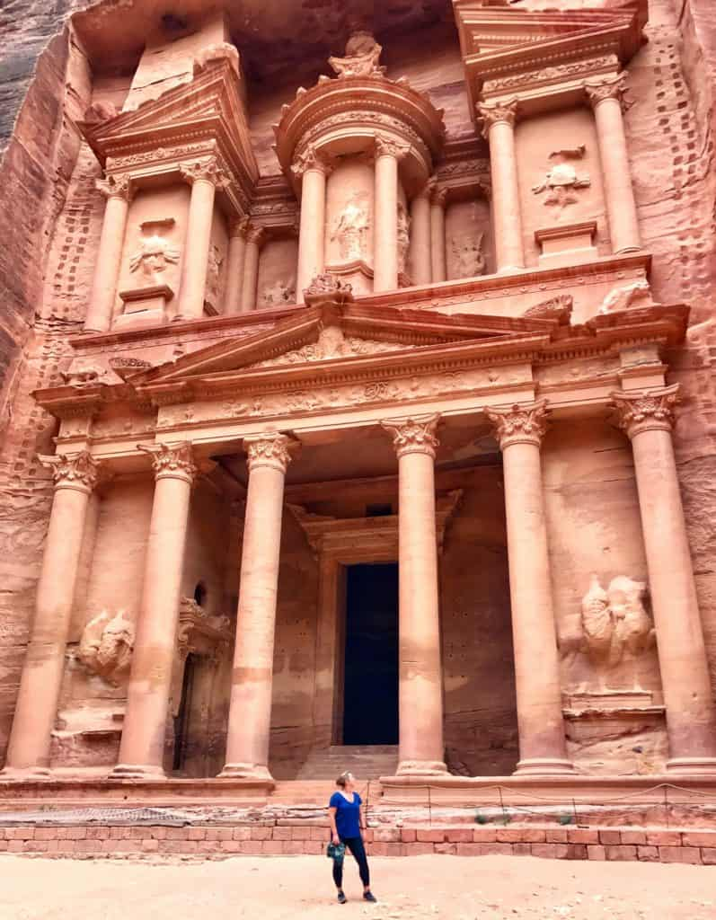 Petra was #1 on my bucket list so I've put together the ultimate guide for visiting   how to plan a self-guided visit to Petra, how to visit Petra, what to do in Jordan, Petra travel guide, travel tips for Petra, where to stay in Wadi Musa #petra #jordan #bucketlist