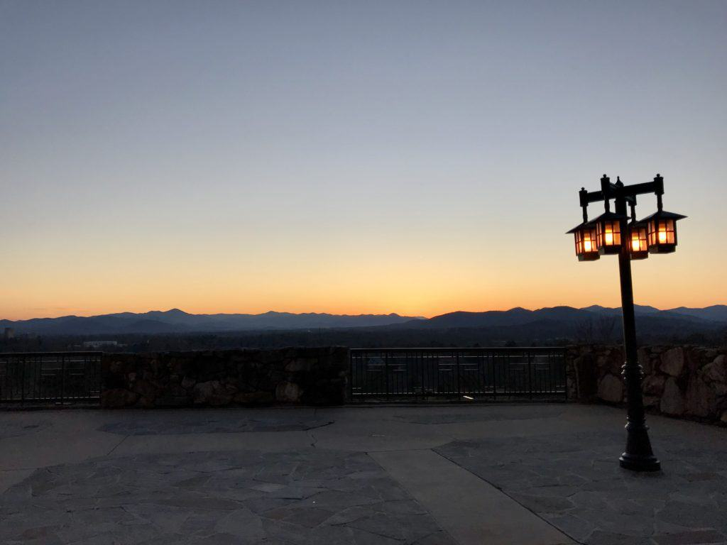 Sunset at Asheville's Omni Grove Park Inn | What to do in Asheville for a weekend