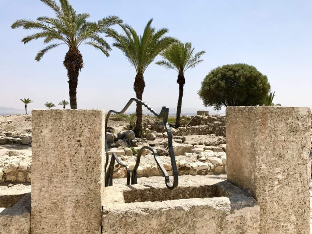 Tel Megiddo | A day trip from Tel Aviv to northern Israel, covering Caesarea, Tel-Megiddo, the Sea of Galilee, Capernaum, the Mount of Beatitudes, Tiberias, and Akko | what to do in Israel | There's so much to visit in such a small area, you can have a jam-packed day driving from Tel Aviv or Jerusalem but cover so many historic sites and towns | Israel itinerary ideas, Christian history trips, visit the Jesus trail, bible archaeology tours, what to see in Israel, Jerusalem day trips #israel #seaofgalilee #telaviv