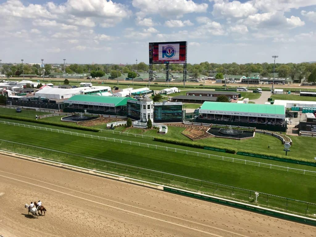 Beautiful Churchill Downs race track in Louisville, Kentucky | things to do in Louisville