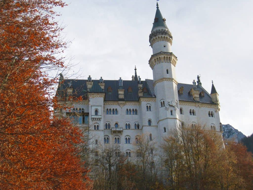 Tips for planning your trip to Neuschwanstein Castle in the fall