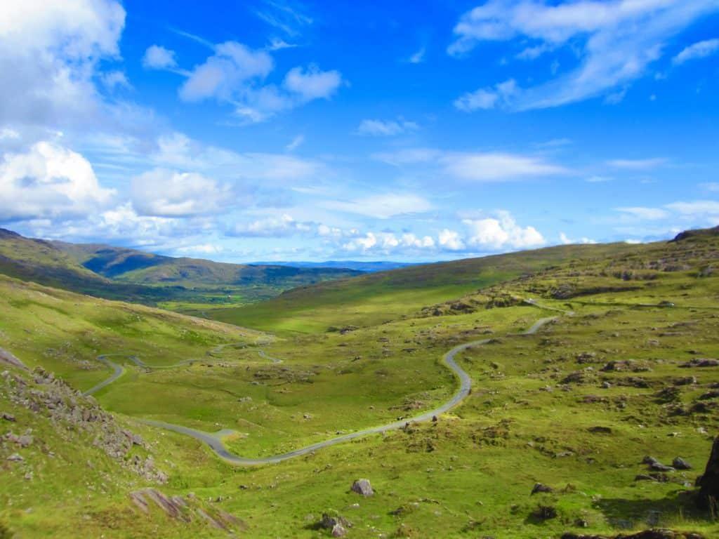 A 7-Day Ireland Itinerary | How to plan an Ireland roadtrip...including Dublin, Kilkenny, Sheeps Head Peninsula, Beara Peninsula, Dingle Peninsula, Loop Head, and more!