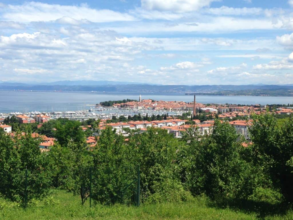4 things you have to do in Piran, Slovenia | Piran is a perfect day trip from Ljubljana, and a gorgeous must-do in Slovenia. Beautiful seaside town! What to do in Piran Slovenia #slovenia #easterneurope #slovenia