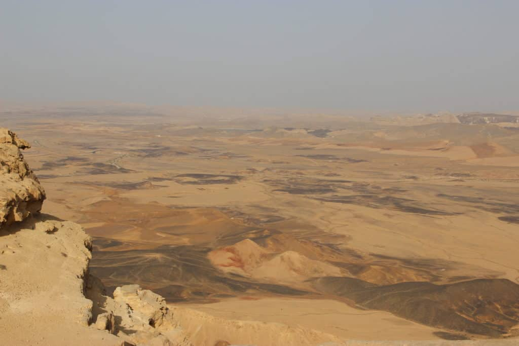 Driving itinerary from Tel Aviv to Eilat, including stops at Tel Be'er Sheva, Sde Boker, & Mitzpe Ramon