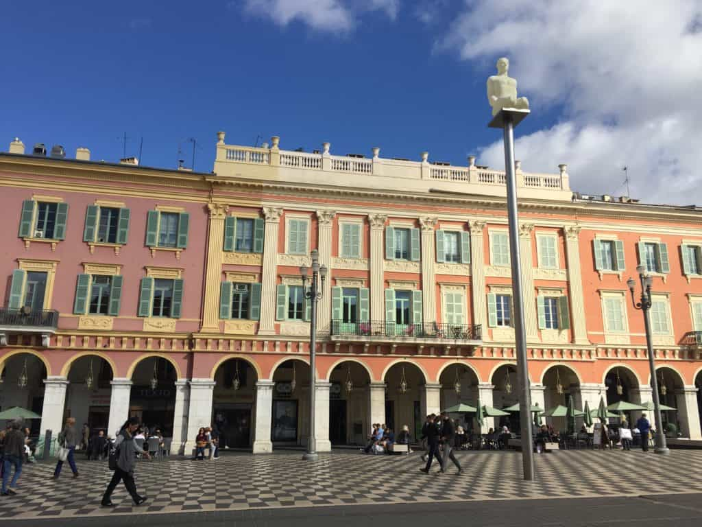 Nice's Place Massena is full of colorful buildings and interesting statues, and a statue with a super fun and scandalous backstory...what to see and do when you visit