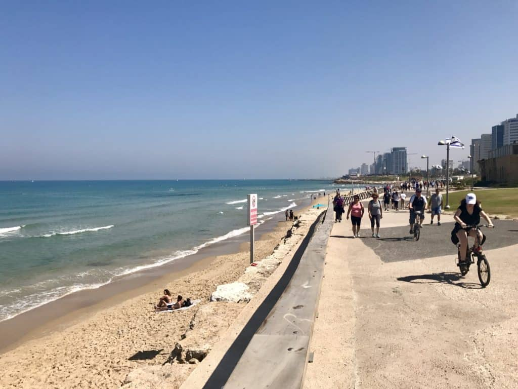 How to make the most of a short time in Tel Aviv and Jaffa. See Old Jaffa, spend time at the beach, soak in the street art culture, and stuff yourself full of delicious goodies! Tips for your first time in Israel!
