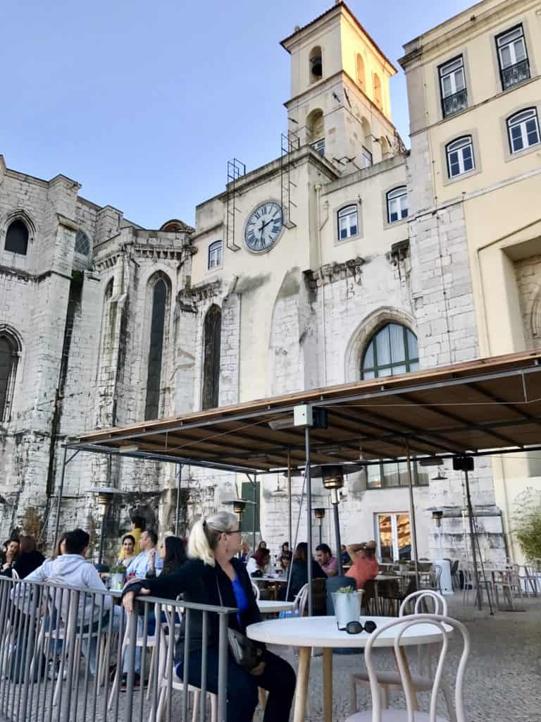 Lisbon's full of great viewpoints | 10 things that have to be on your Lisbon itinerary | 24 hours in Lisbon | 1-day lisbon itinerary | Lisbon travel tips | Portugal itinerary ideas