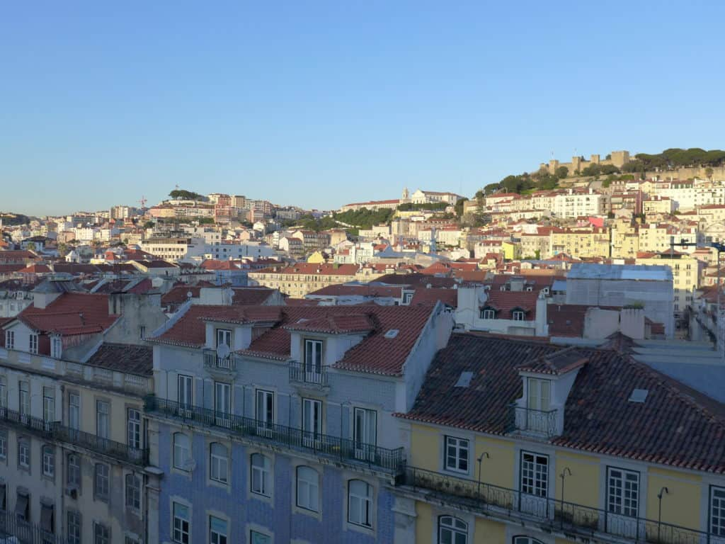 Vihno verde and a view. The best secret rooftop bar in Lisbon, with awesome views. Make sure you're here at sunset! #portugal #lisbon
