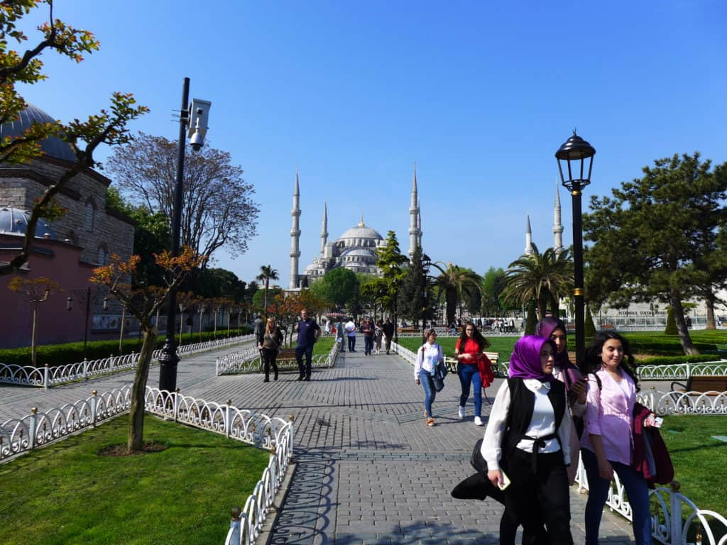 Tips for what to do with 24 hours in Istanbul | itinerary ideas, what to see & what to skip | Istanbul trip planning, itinerary ideas for Istanbul | Turkey itinerary advice