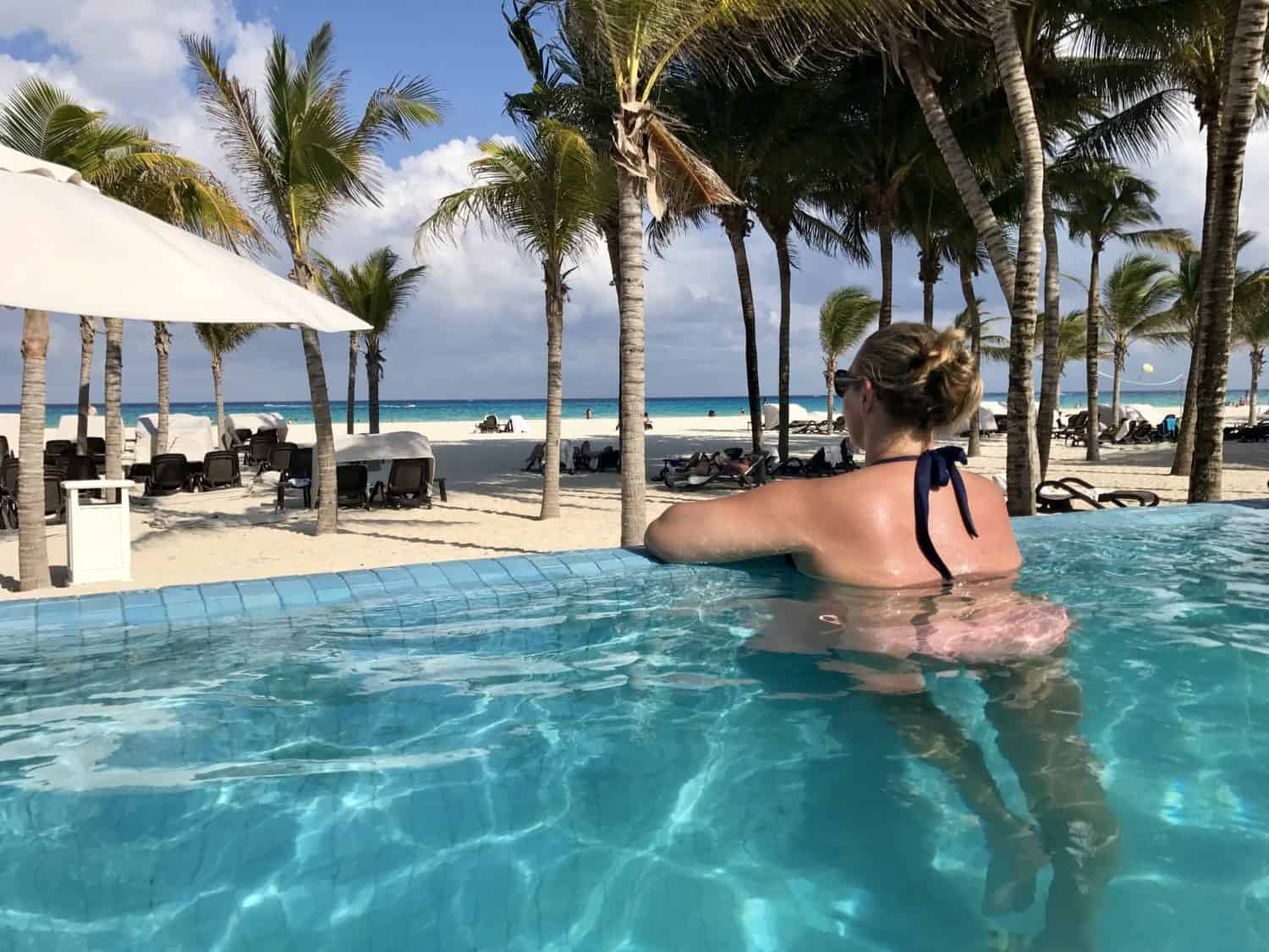 All about my first all-inclusive resort experience...what I learned, what I loved, what I'd do differently | Royal Hideaway Playacar in Mexico | all-inclusive resorts, beach vacations, how to plan a beach vacation #mexico #allinclusive #resort #beach #playadelcarmen