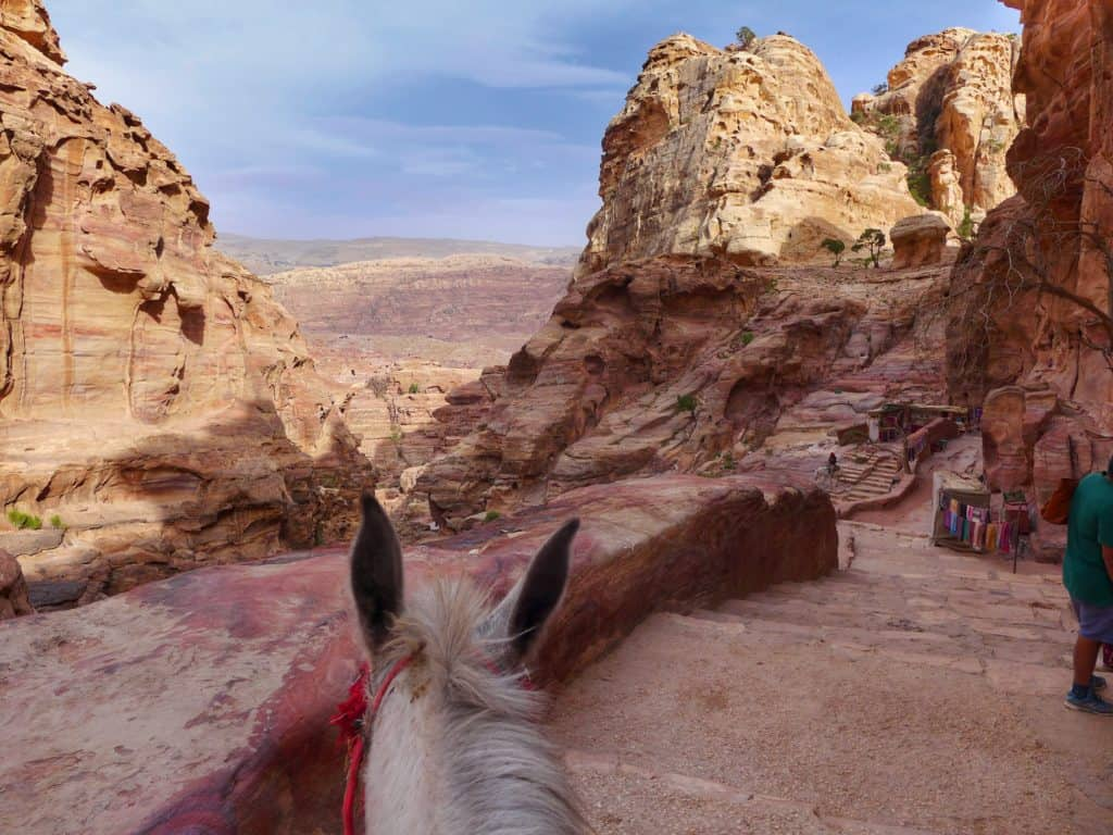 Everything you need to know to visit Petra, ultimate guide to planning a trip to Petra | how to plan a self-guided visit to Petra, how to visit Petra, what to do in Jordan, Petra travel guide, travel tips for Petra, where to stay in Wadi Musa #petra #jordan #bucketlist