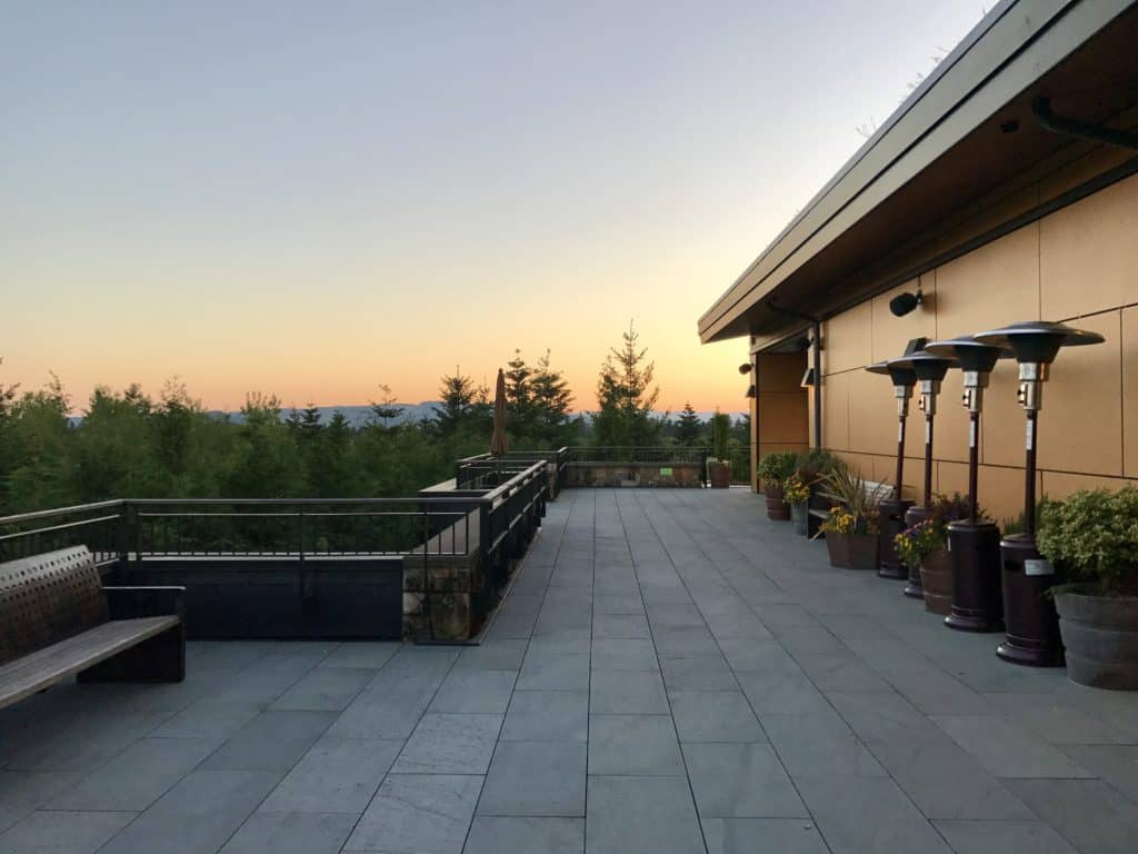 Beautiful dinner at Jory in Willamette Valley | which wineries to visit, where to eat, how to plan your trip | Everything you need to know for a visit to the Willamette Valley, Portland itinerary, wine weekend in Oregon, the perfect girls' trip #willamette #wineries #oregon