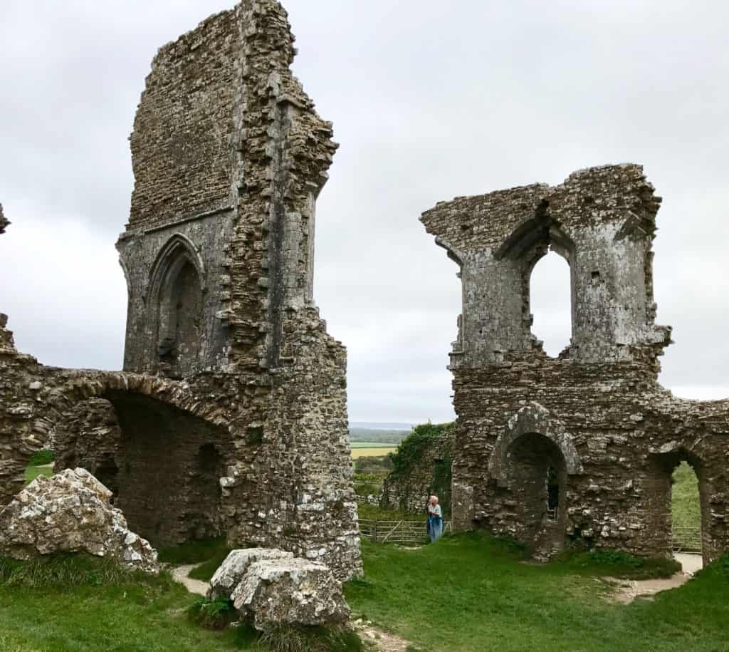 Built by William the Conqueror, Corfe Castle is worth a visit on the Jurassic Coast | the Durdle Door, Corfe Castle, Lyme Regis, & a stop at Exeter Cathedral | how to visit the Durdle Door, where to go on the Jurassic Coast in England, England's Jurassic Coast | what to do in England, UK road trip ideas, natural beauty in England, road trip in England #jurassiccoast #england #uk #durdledoor