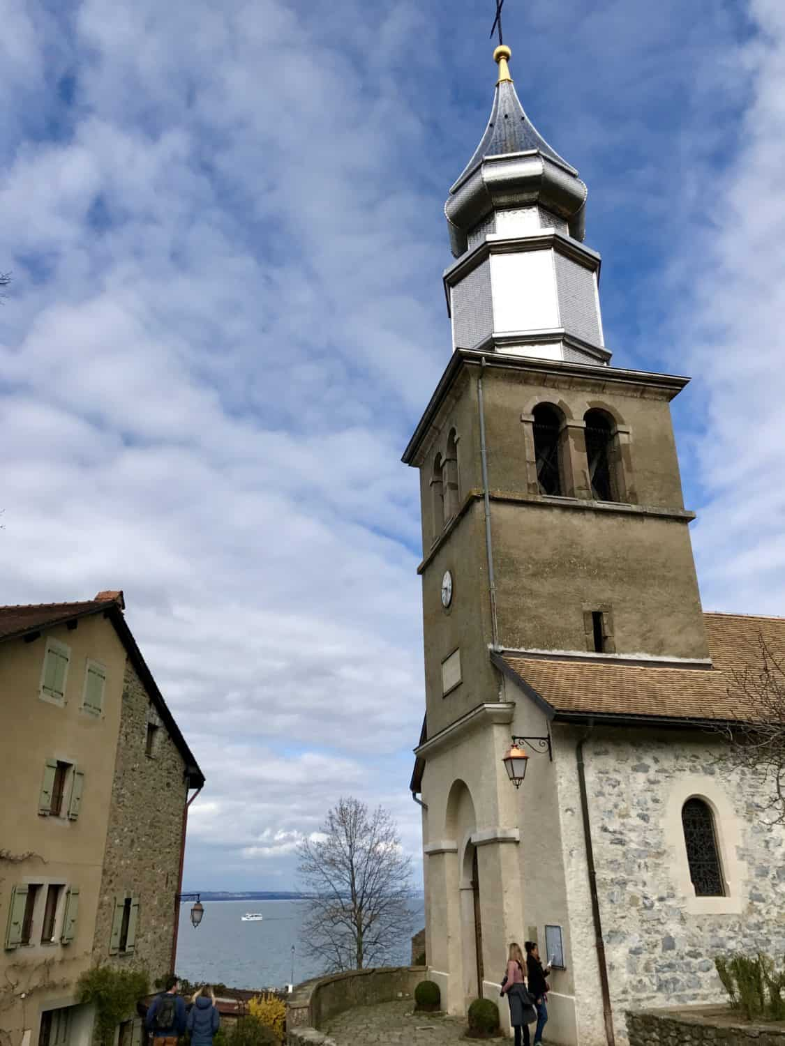 Things to do in Geneva - day trip to Yvoire, France and Chateau Chillon