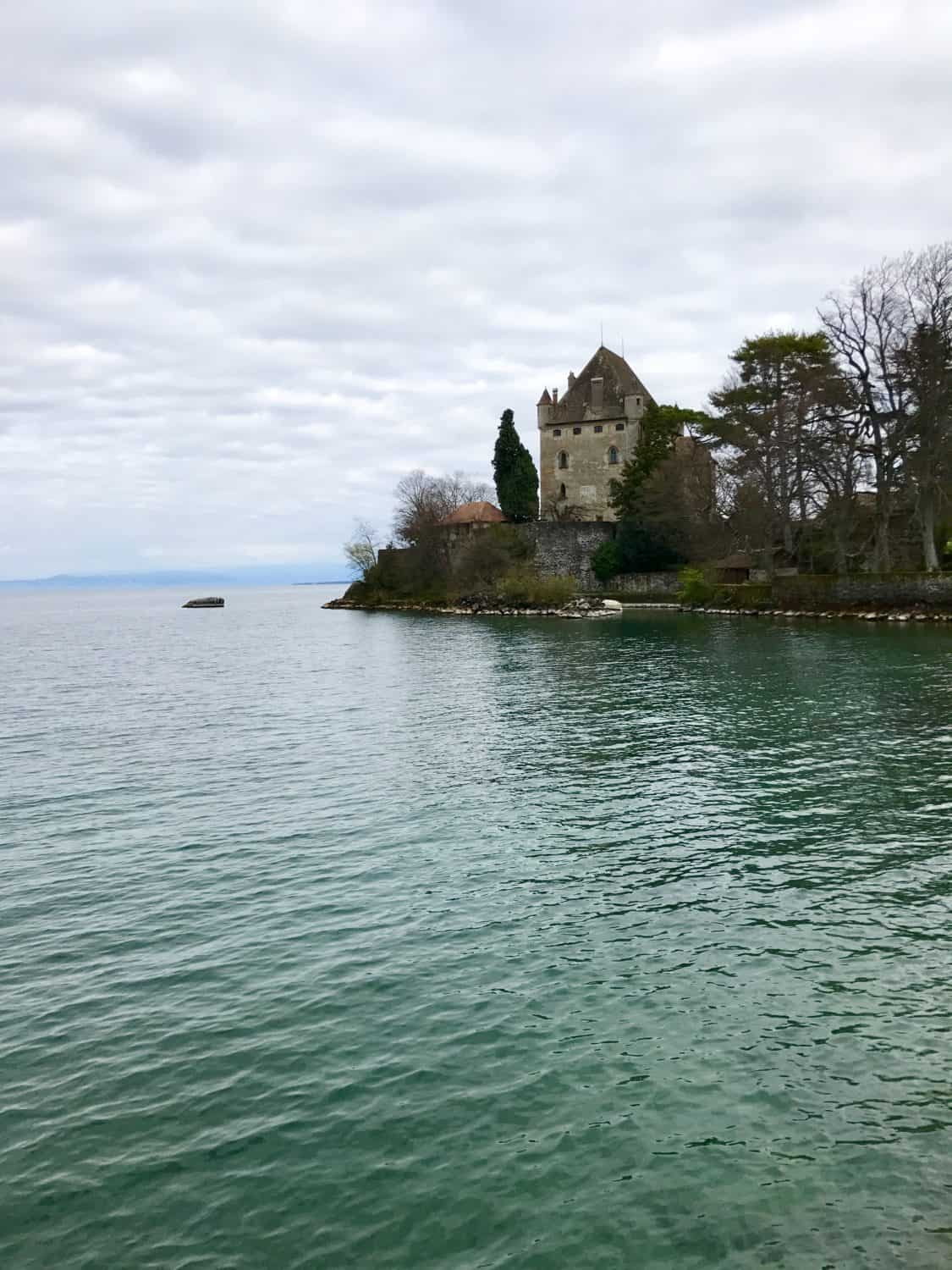 Exploring tiny Yvoire, France | Switzerland's Chateau Chillon and tiny medieval Yvoire are a perfect day trip from Geneva | how to plan your trip, how to visit Chateau Chillon, day trips from Geneva, what to do in Geneva, Switzerland trip planning tips #chateauchillon #yvoire #geneva #switzerland