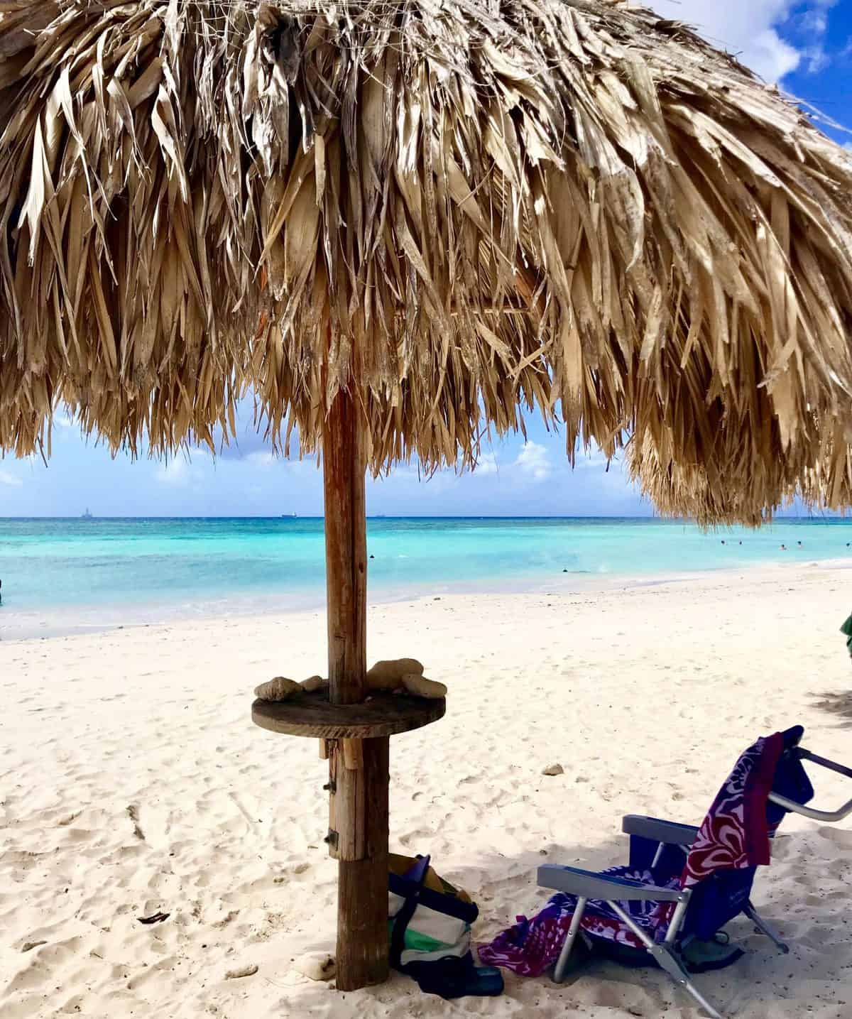 What to do in Aruba - chill on the beach!