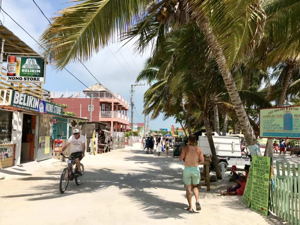 How to do a self-guided cruise excursion to Caye Caulker from Belize City - everything you need to know!