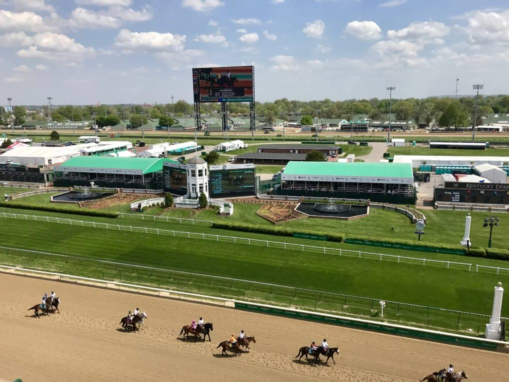 Beautiful Churchill Downs race track in Louisville, Kentucky | things to do in Louisville, how to visit Kentucky Derby