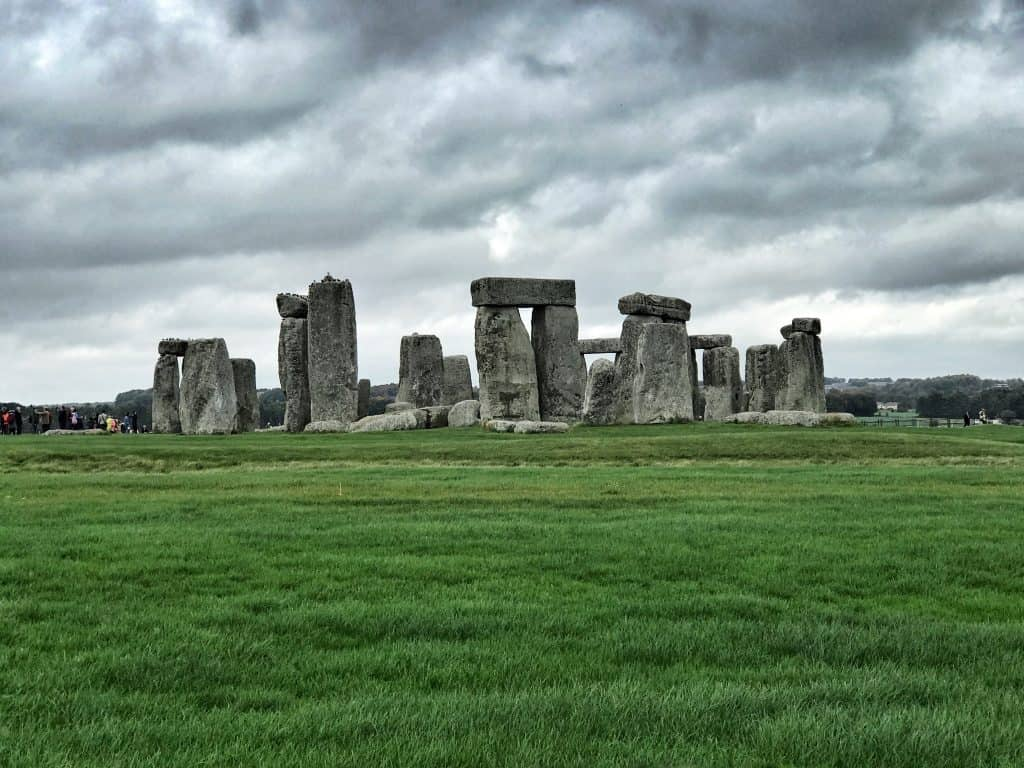 STONEHENGE, SALISBURY, & STOURHEAD GARDENS, ENGLAND | a perfect, easy day trip from London, Bath, or anywhere else in the area | a Pride & Prejudice filming location, what to do in England, England day trips, London day trips, and how to build your England itinerary #england #stonehenge #uk