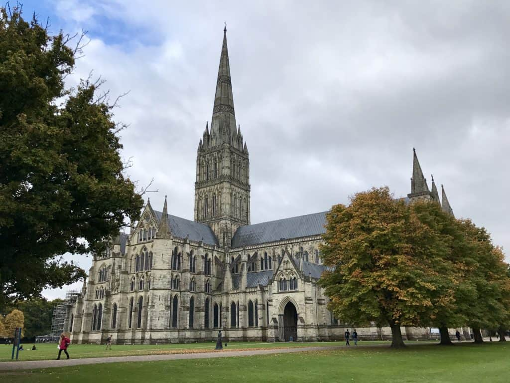 Salisbury Cathedral, England | One Girl, Whole World