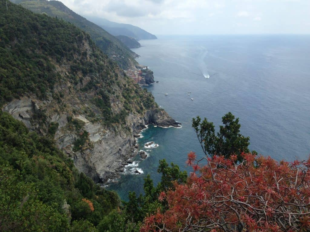 Hiking the trails of Cinque Terre...everything you need to know to plan a trip to this gorgeous corner of Italy!
