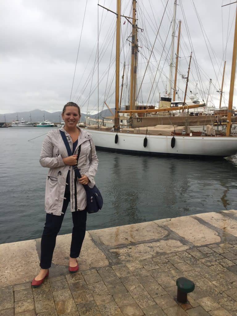 Enjoying a rainy day in St. Tropez, on the South of France | One Girl, Whole World