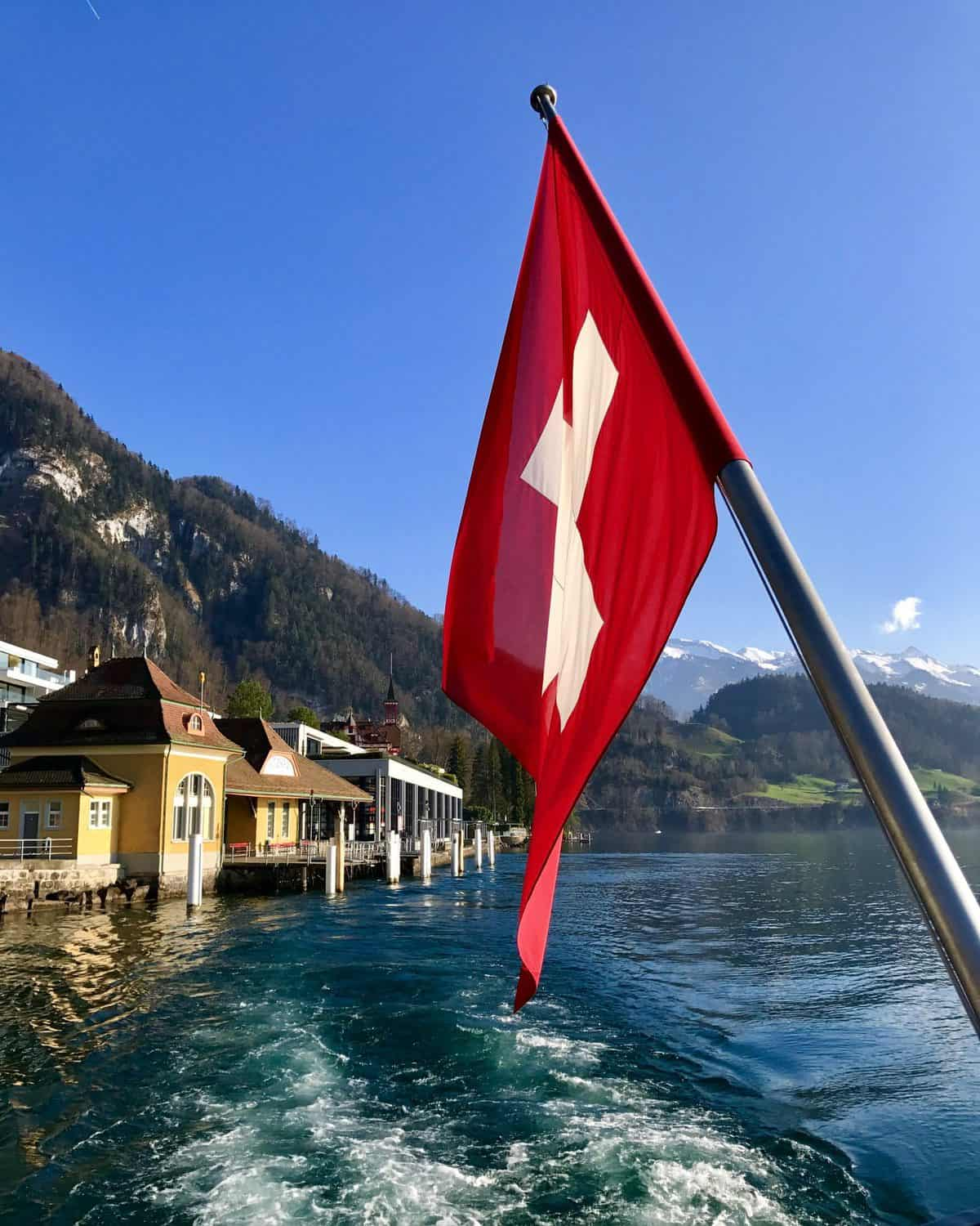 Day Trips from Geneva - visit Luzern and take a boat trip to Vitznau