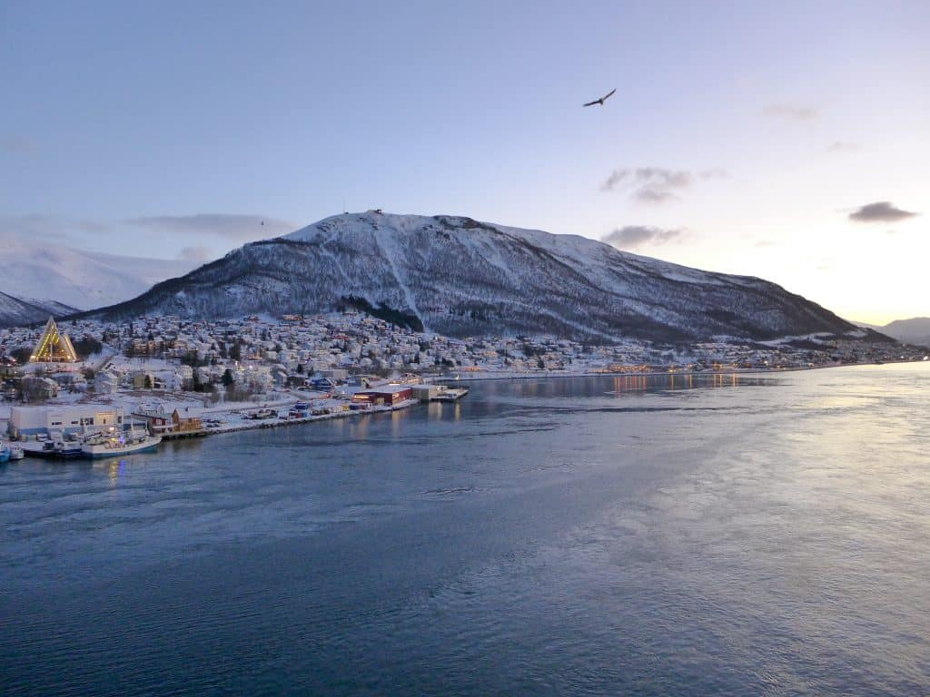 3 Days in Tromsø, Norway During Winter | What to do in Tromsø, planning a winter trip to the Arctic Circle, polar night in Tromsø Norway. How to plan your epic adventure to Tromsø in the winter...dog sledding, the best views, Northern Lights tours & more!