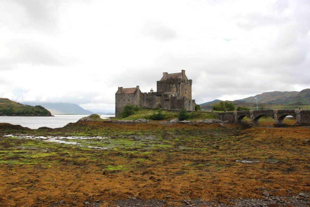 Beautiful Eilean Donan Castle | Planning a trip to the Isle of Skye, in Scotland | One Girl, Whole World