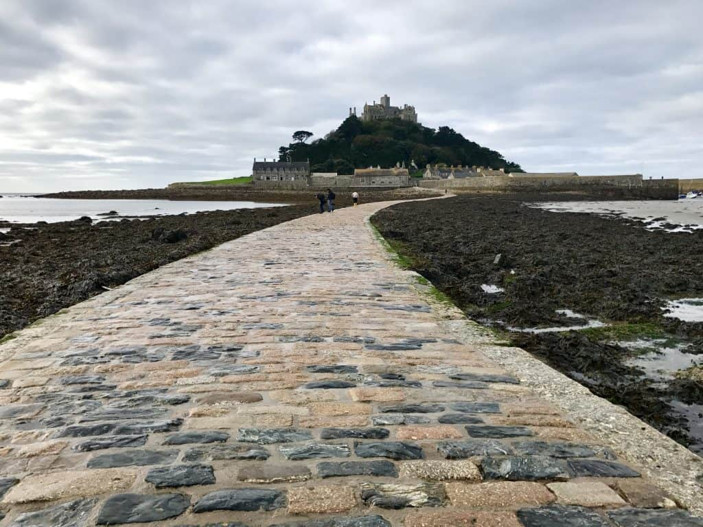 Visiting St. Michael's Mount and a Whirlwind Tour of Cornwall, UK | if you're in the south of England, you need to explore Cornwall and visit the awesome tidal island of St. Michael's Mount! What to do in Cornwall.