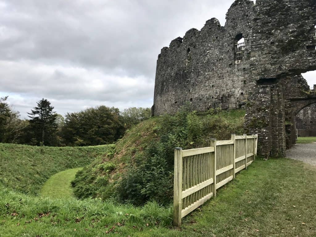 A whirlwind tour of Cornwall, UK, and how to visit St. Michael's Mount - Restormel Castle