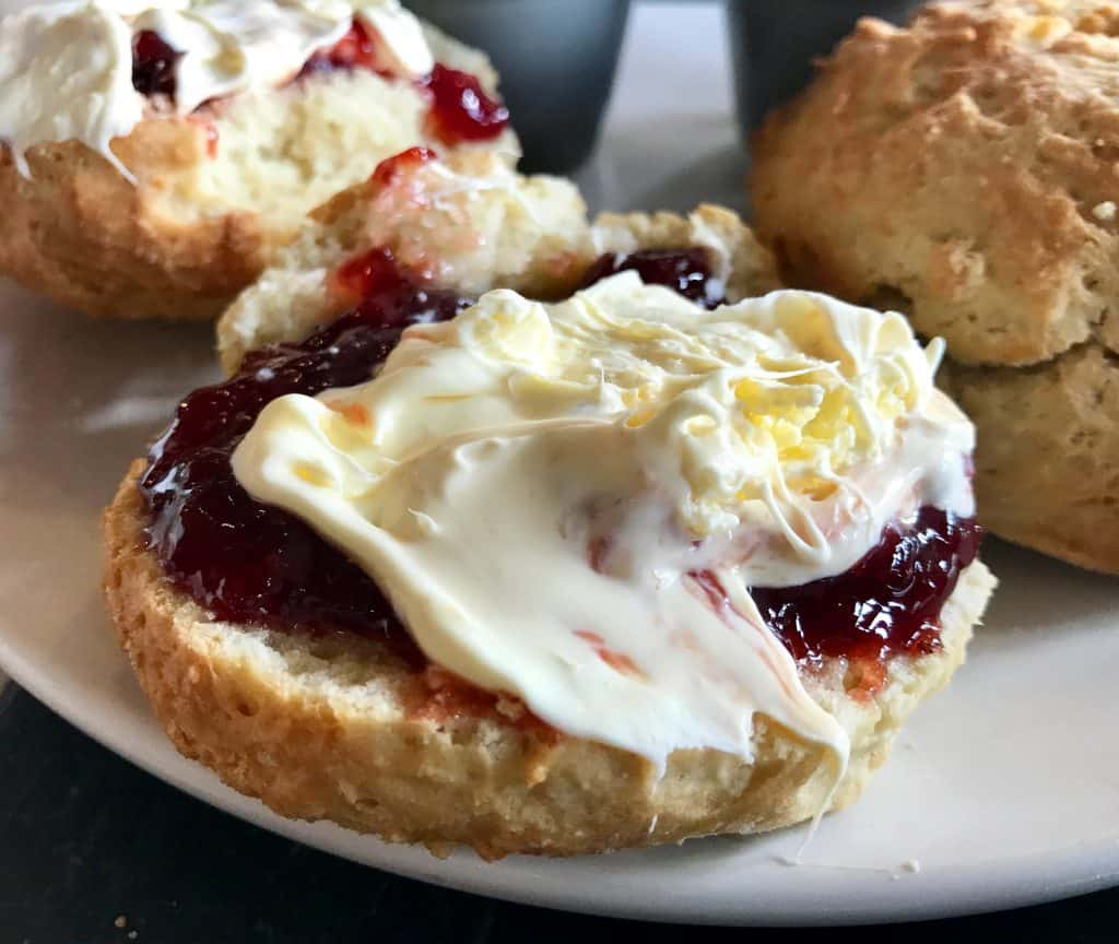 A whirlwind tour of Cornwall, UK, and how to visit St. Michael's Mount - try a Cornish cream tea!