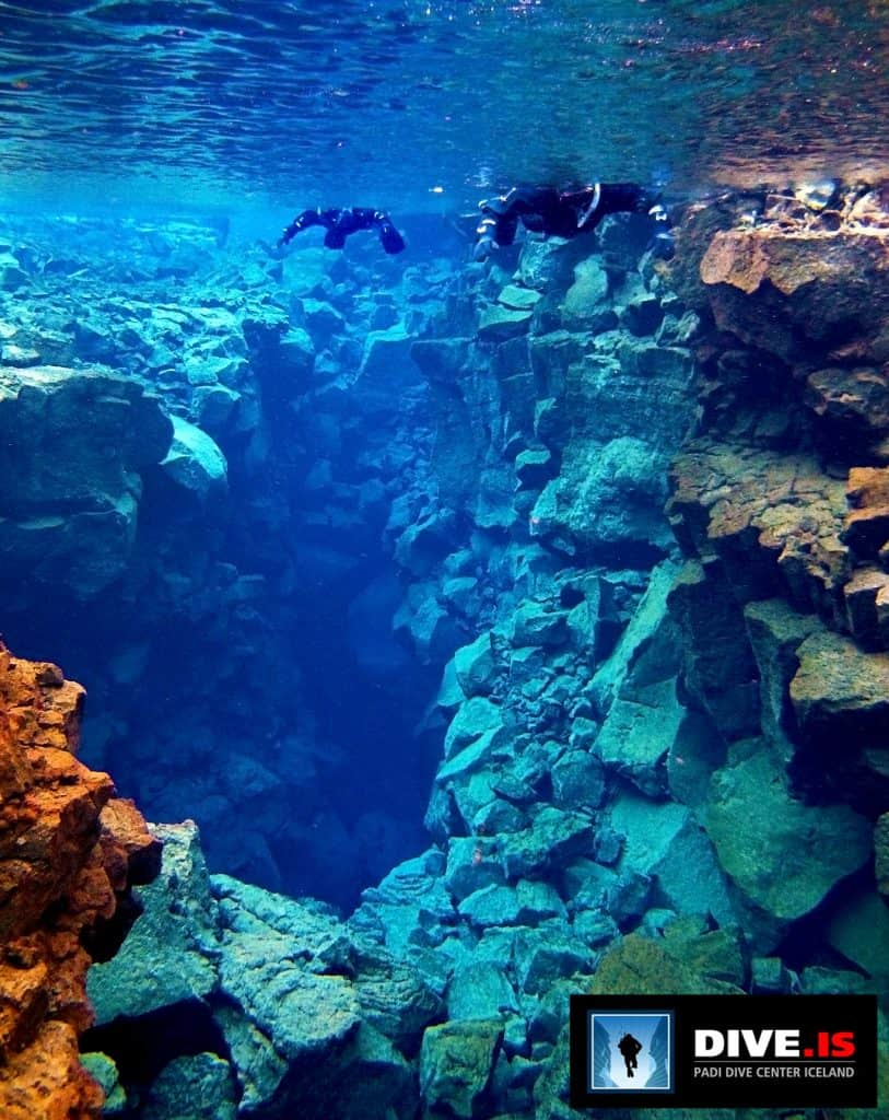 Snorkeling Between Continents in Iceland | All about the Silfra snorkeling adventure, where you can snorkel or scuba dive between tectonic plates. The Silfra Fissure is amazing! Iceland itinerary ideas, what to do in Iceland
