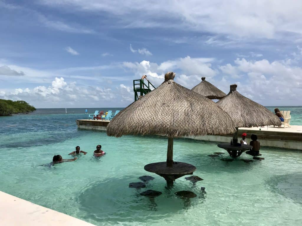 Everything You Need to Know to Do a Self-Guided Cruise Excursion to Caye Caulker, Belize | One Girl, Whole World