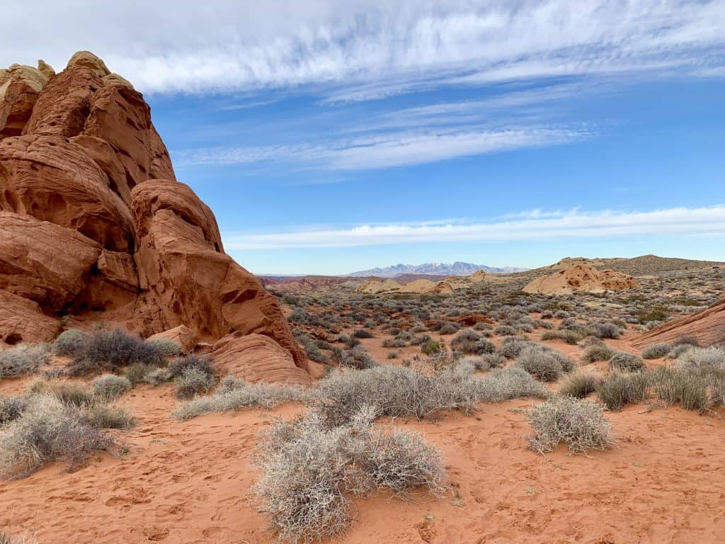 A Day Trip from Las Vegas: Valley of Fire State Park | One Girl, Whole World