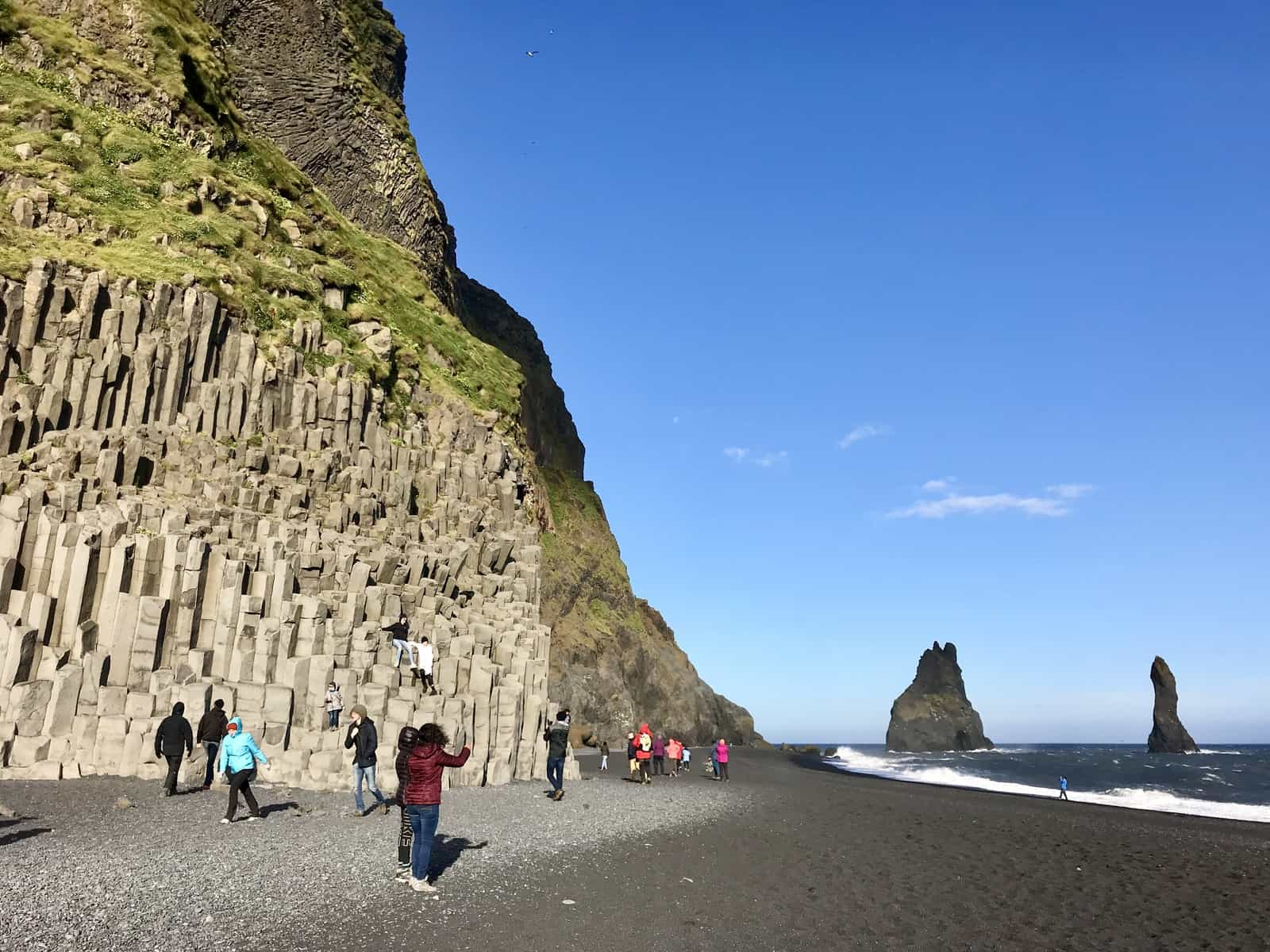 What to do in Iceland in summer - the black sand beaches and hexagonal columns of Vik Beach