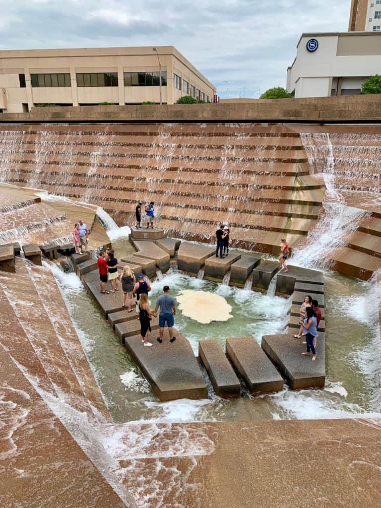 Things to do in downtown Fort Worth, TX...more off-the-beaten-path ideas | Explore the Fort Worth Water Gardens