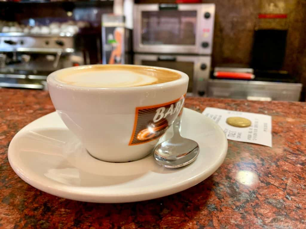 Bar or table? How to order coffee in Italy