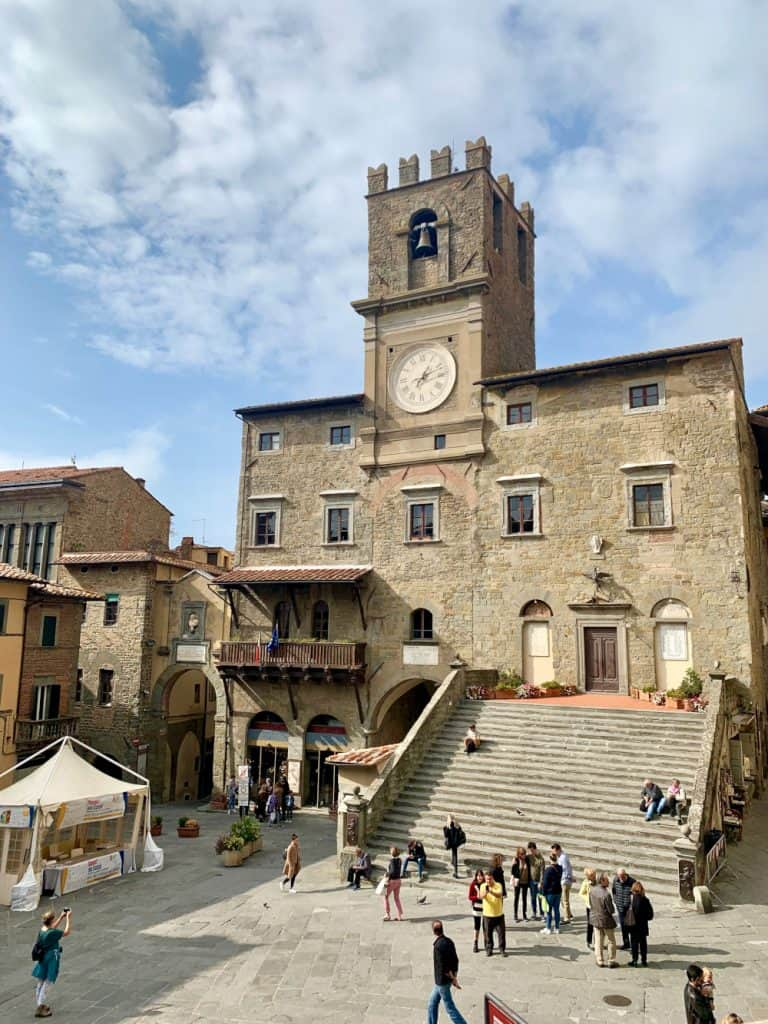 A Guide to Cortona, Italy | Exploring the charm of one of Italy's quintessential hill towns! | One Girl, Whole World