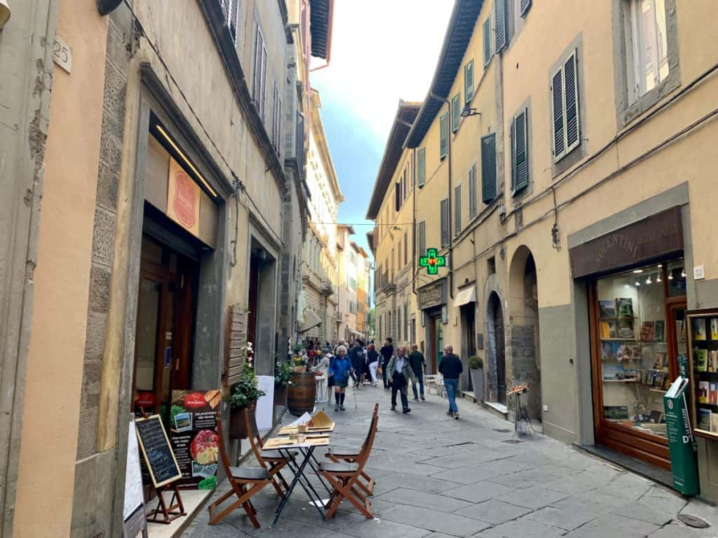 Walk up and down the Via Nazionale
