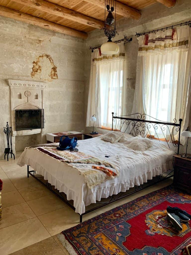 Review: Mithra Cave Hotel in Cappadocia, Turkey | If you're looking into the best cave hotels in Cappadocia, I'd recommend Mithra be on the list. I loved my stay here, but here's my detailed and honest review on what I enjoyed, and a few things I didn't. #cappadocia #turkey #cavehotel #hotelreview