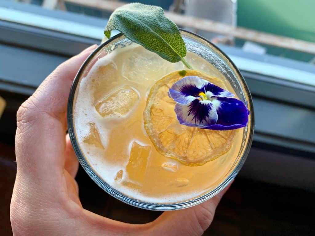 Oregon coast road trip itinerary: what to see and do (delicious cocktails)