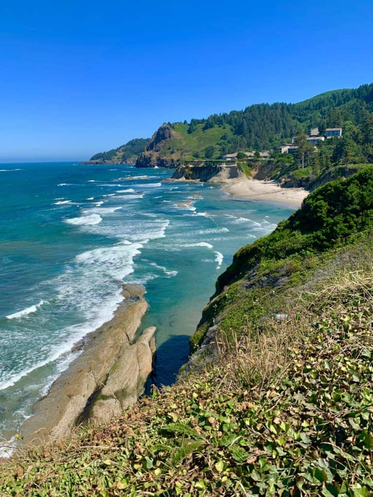An epic Oregon coast road trip itinerary - the north part of Beverly Beach