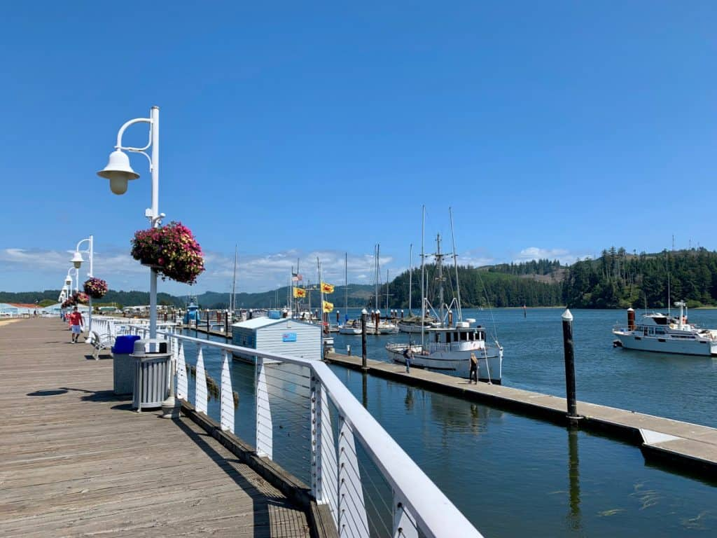 Oregon coast road trip itinerary: what to see and do (adorable Florence)