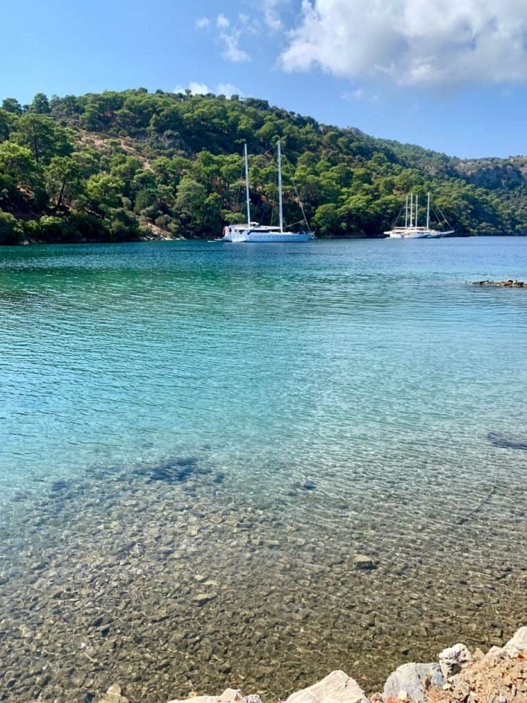 The clear waters of Seagull Bay - sailing in Turkey