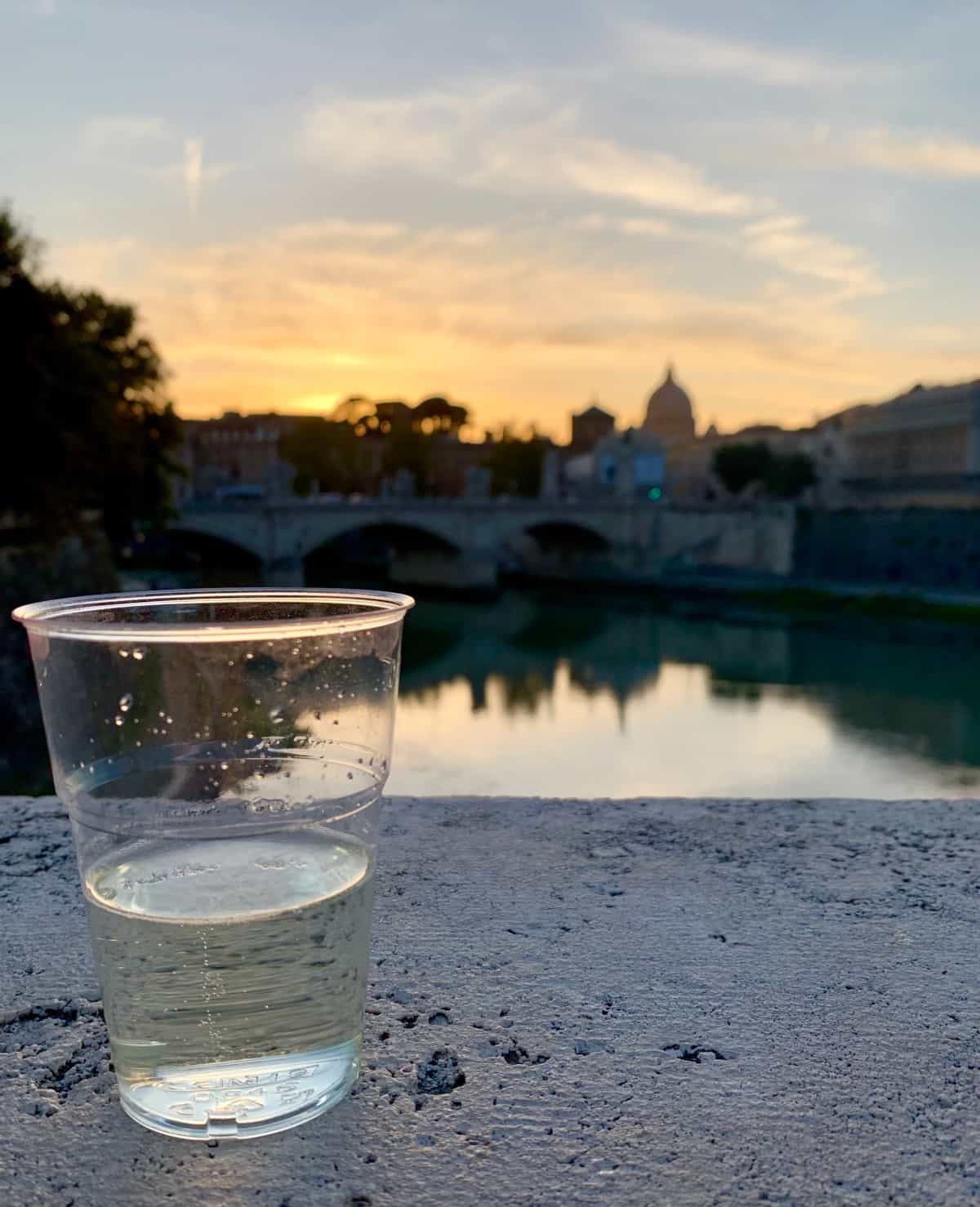 Catch a sunset at the Castel Sant'Angelo...the best photo spots in Rome