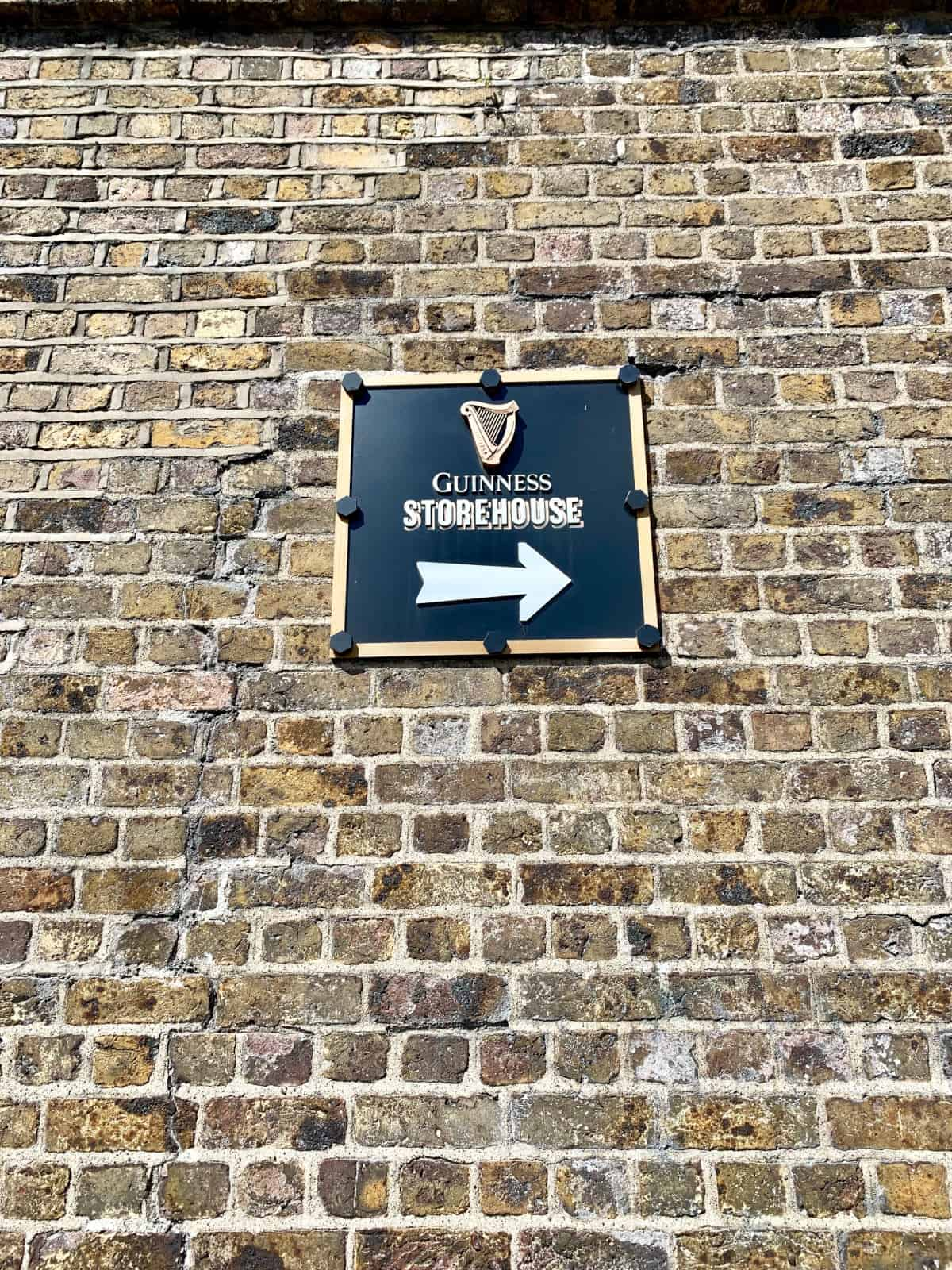 What It's Like Visiting Guinness Storehouse in Dublin, Ireland | Doing a tour at Guinness Storehouse is one of the top things to do in Dublin, but is it worth it? What it's like visiting Ireland's biggest tourist experience. What to do in Dublin, Ireland itinerary ideas. #dublin #guinness #ireland